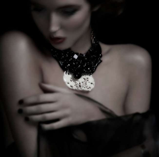 model wearing black onyx vintage pendant - necklace - Danielle Zanetti Designs